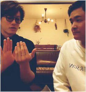 佐藤健の中指の指輪