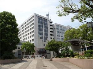 世良マリカの高校は神奈川総合高校