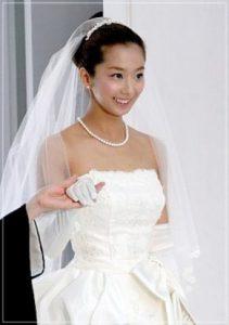 こちらが、2005年上映の映画『輪廻』に出演した優香さんです。