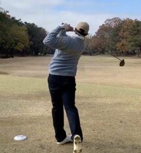杉山愛の旦那の職業はゴルフマネージャー